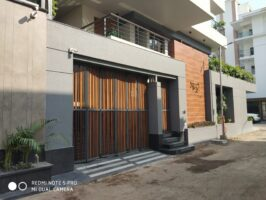 Motorized Normal Sliding Gate - Earth Control Systems, Surat